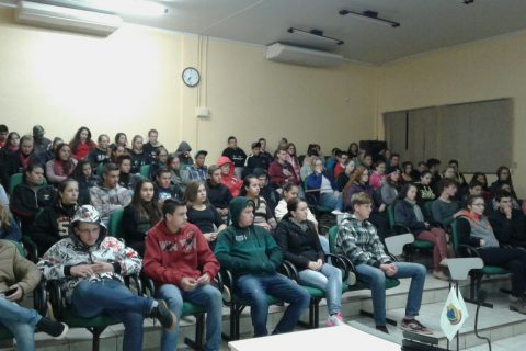 Sicredi Alto Jacuí promove onze palestras de Educação Financeira na Região