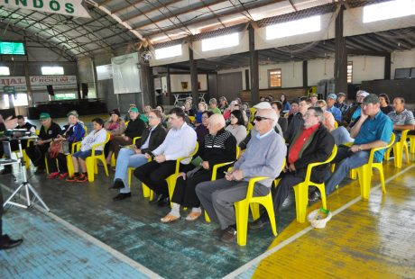 Grande público prestigia Caravana Sicredi em Coqueiros do Sul