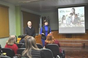 Vice-presidente da Sicredi Alto Jacuí e secretária municipal de Educação deram as boas-vindas aos presentes