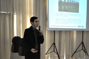 Professor e consultor Diogo Moreira conduziu o evento
