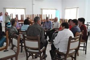 Em grupos, os associados deram sugestões para a cooperativa
