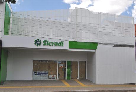 Sicredi inaugura nova unidade de atendimento em Carazinho