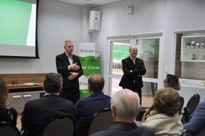 Presidente José Celeste de Negri e vice Gervásio Jorge Diel conduziram o evento do dia 09/05