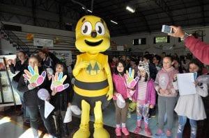 Mascote do Programa A União Faz a Vida divertiu as crianças