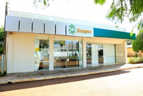 Sicredi firma convênio com a Prefeitura Municipal de Almirante Tamandaré do Sul