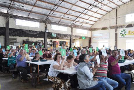 Sicredi Alto Jacuí reúne associados de Coqueiros do Sul e de Almirante Tamandaré do Sul nas Assembleias