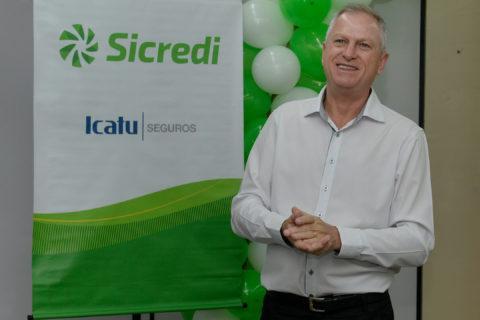 Associada do Sicredi é contemplada com R$ 50 mil em sorteio do Seguro Mais em Vida