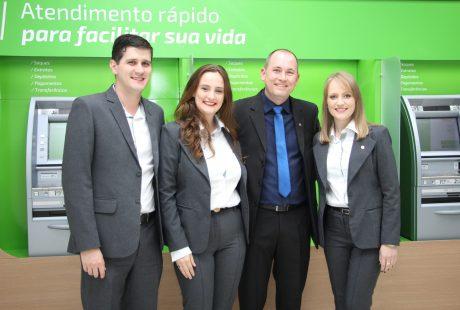 Agência de Presidente Getúlio/SC comemora primeiro ano de atuação