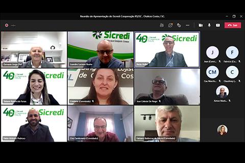 Lideranças de Otacílio Costa/SC e da Sicredi Cooperação RS/SC realizam reunião